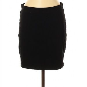 EUC Divided by H&M black bodycon mini skirt M